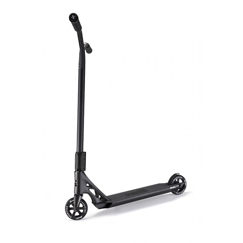 Sacrifice Akashi 110 Black scooter