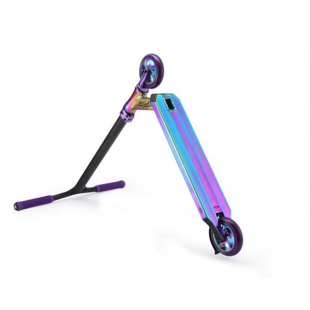 Sacrifice Flyte 100 Neochrome & Purple scooter