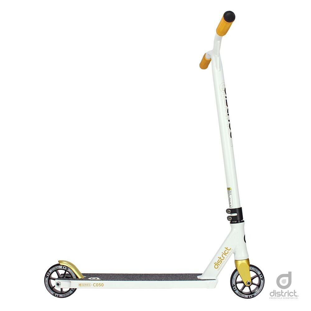 District C050 White & Gold Scooter