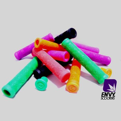 Envy Scooter Grips